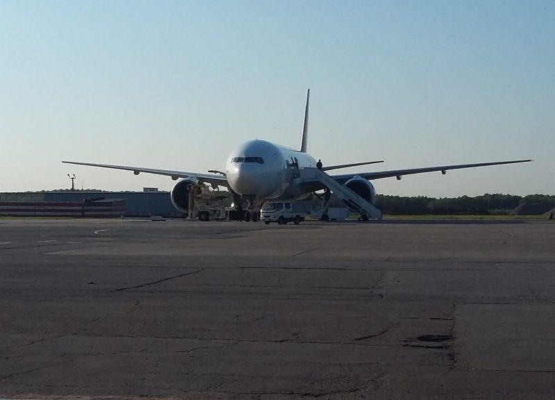 Boeing 777-200, VP-BJF, Nordwind