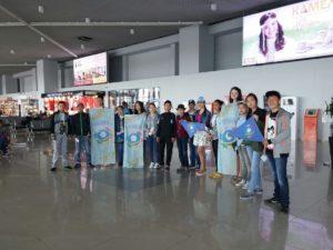 Авиакомпания Якутия организовала перевозку детей на море