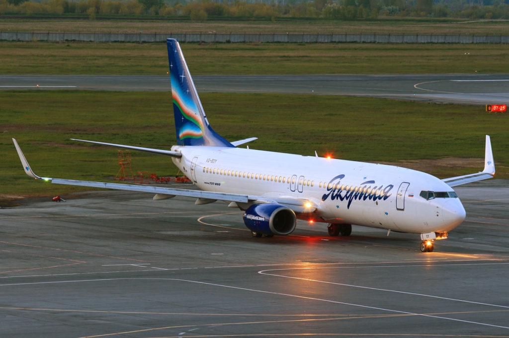 Неисправность самолета авиакомпании Якутия привела к задержкам рейсов
