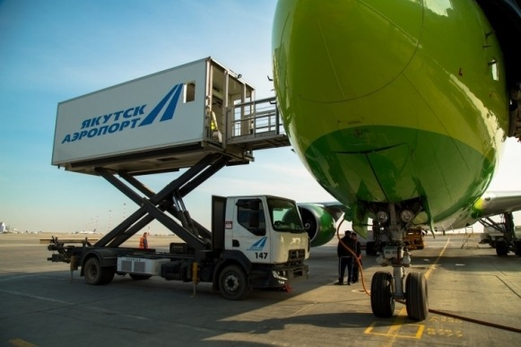 Аэропорт Якутска обновил автопарк спецмашин