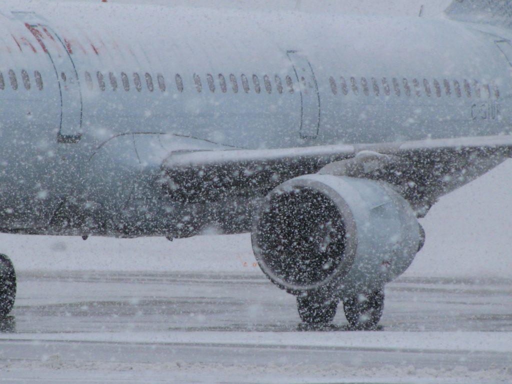 Аэропорта Петропавловска-Камчатского не принимает самолеты