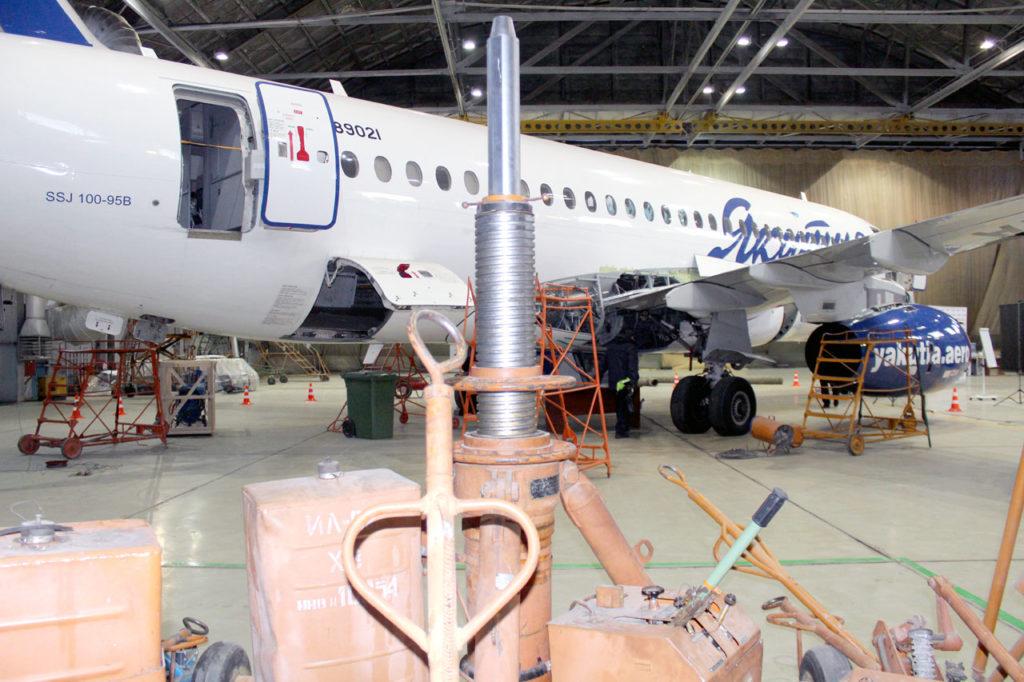 На двух самолетах Sukhoi Superjet 100 авиакомпании Якутия обнаружены дефекты