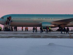 Самолет с туристами на борту из-за неисправности вернулся в аэропорт вылета Благовещенск