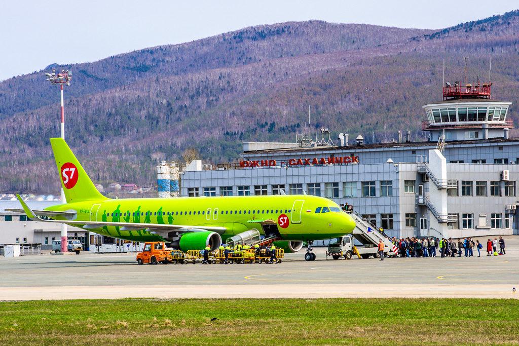 Airbus A320-200, регистрация: VP-BOL