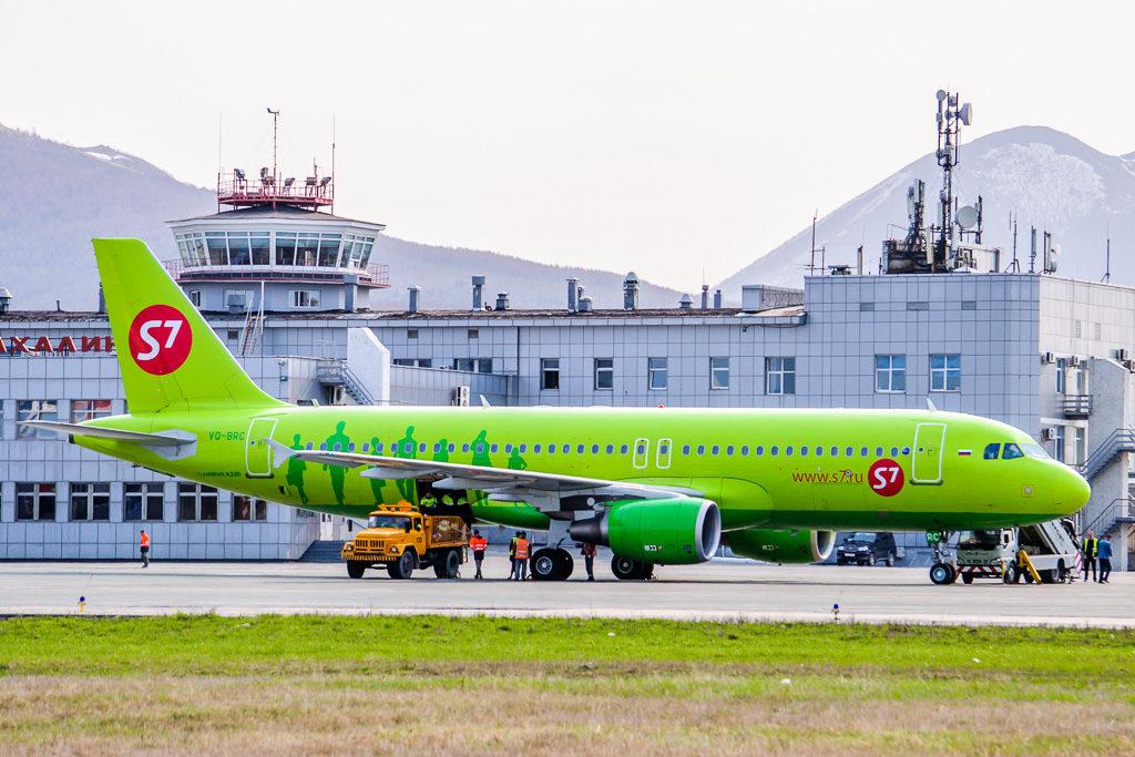 Airbus A320-200, регистрация: VQ-BRC